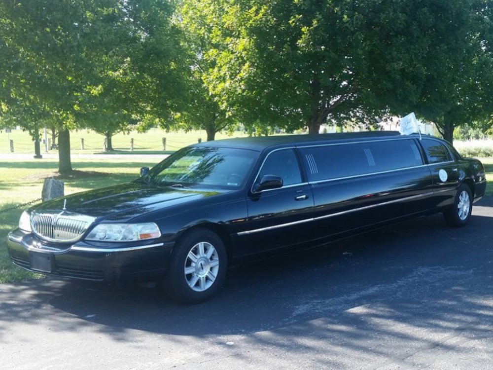 KC Wedding Limo