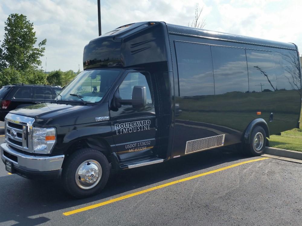 Kansas City Limo Bus